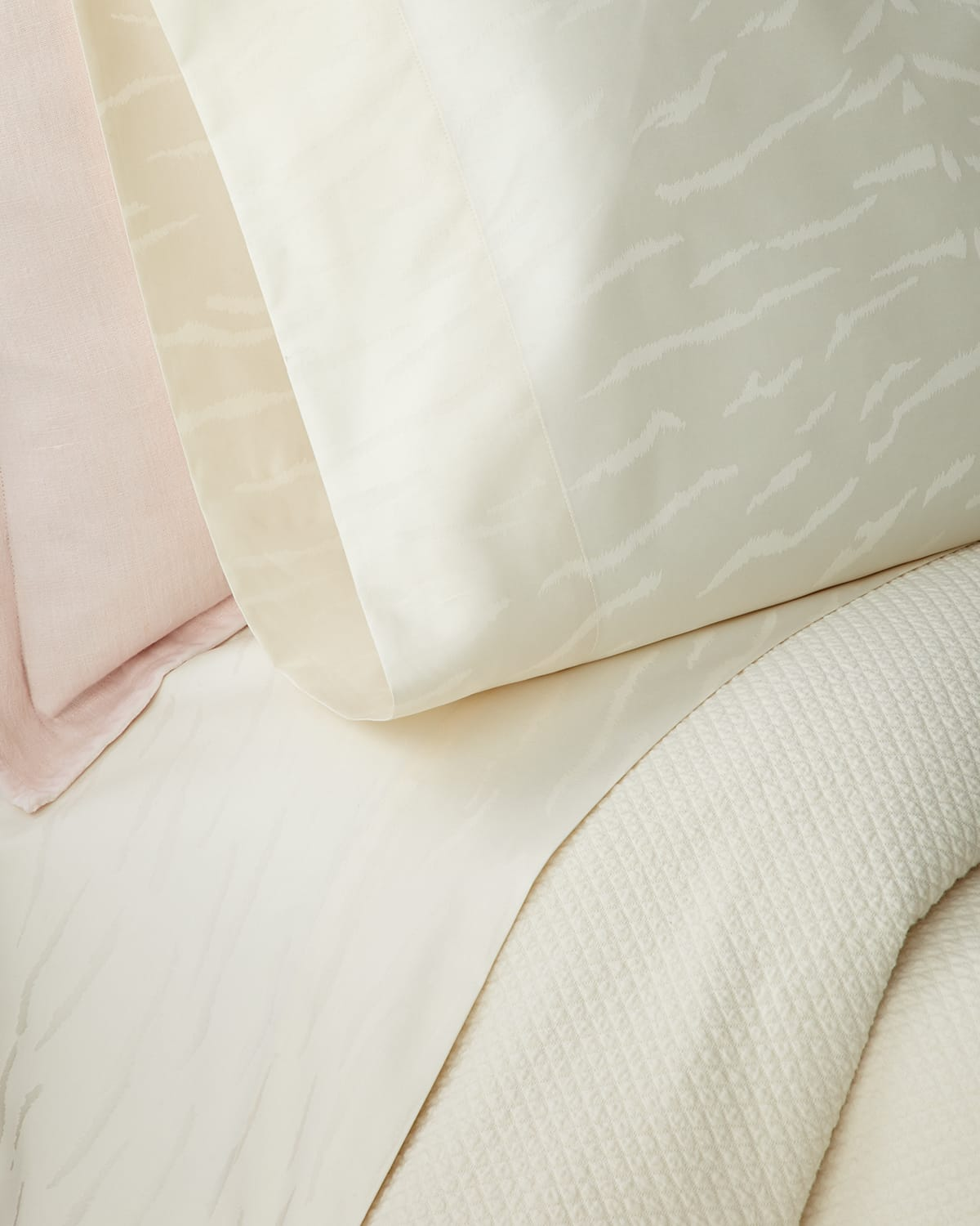 Mirada Cal King Fitted Sheet